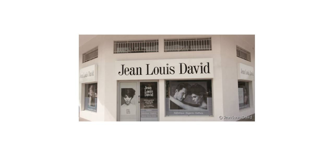 Ouverture d'un salon Jean Louis David à Abidjan