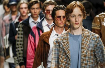 Tendance coupe homme : 3 façons d'adopter le style seventies